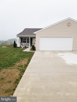 Photo of 1372 Chami DRIVE, Spring Grove, PA 17362 (MLS # 1001818617)