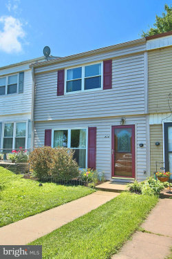 Photo of 404 Red Tulip COURT, Taneytown, MD 21787 (MLS # 1001838644)