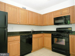 Photo of 5225 Pooks Hill ROAD, Unit 824N, Bethesda, MD 20814 (MLS # 1001906842)