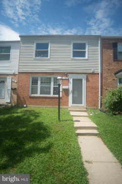 Photo of 52 Timber Rock ROAD, Gaithersburg, MD 20878 (MLS # 1002244260)