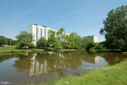 Photo of 10401 Grosvenor PLACE, Unit 622, North Bethesda, MD 20852 (MLS # 1002308629)