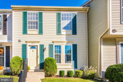 Photo of 1827 Log Mill PLACE, Crofton, MD 21114 (MLS # 1002785741)