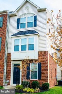 Photo of 6899 Specialized TRAIL, Gainesville, VA 20155 (MLS # 1004105693)