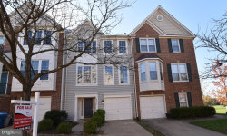 Photo of 43115 Holtby SQUARE, Chantilly, VA 20152 (MLS # 1004107233)