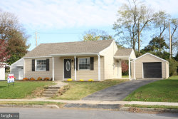 Photo of 1212 Glenwood AVENUE, Hagerstown, MD 21742 (MLS # 1004112073)