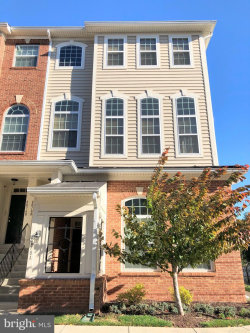 Photo of 6078 B Wicker LANE, Unit 166, Centreville, VA 20121 (MLS # 1004122951)