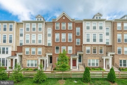 Photo of 43431 Town Gate SQUARE, Unit 43431, Chantilly, VA 20152 (MLS # 1005932427)