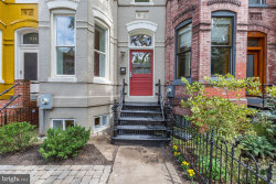 Photo of 709 7th STREET NE, Washington, DC 20002 (MLS # 1006119746)