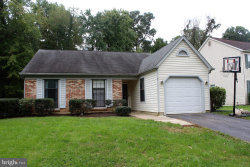 Photo of 7 Mcpherson CIRCLE, Sterling, VA 20165 (MLS # 1009919316)