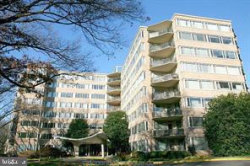 Photo of 4101 Cathedral AVENUE NW, Unit 812, Washington, DC 20016 (MLS # DCDC399046)