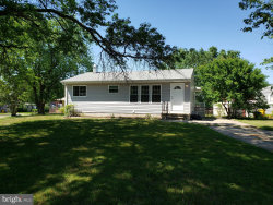 Photo of 100 Oak Spring DRIVE, Glen Burnie, MD 21060 (MLS # MDAA403478)