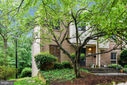 Photo of 29 Gentry COURT, Annapolis, MD 21403 (MLS # MDAA434090)