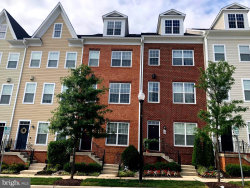 Photo of 15 Gardenside PLACE, Towson, MD 21286 (MLS # MDBC473346)