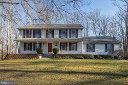 Photo of 7 Twin Oaks COURT, Parkton, MD 21120 (MLS # MDBC481640)