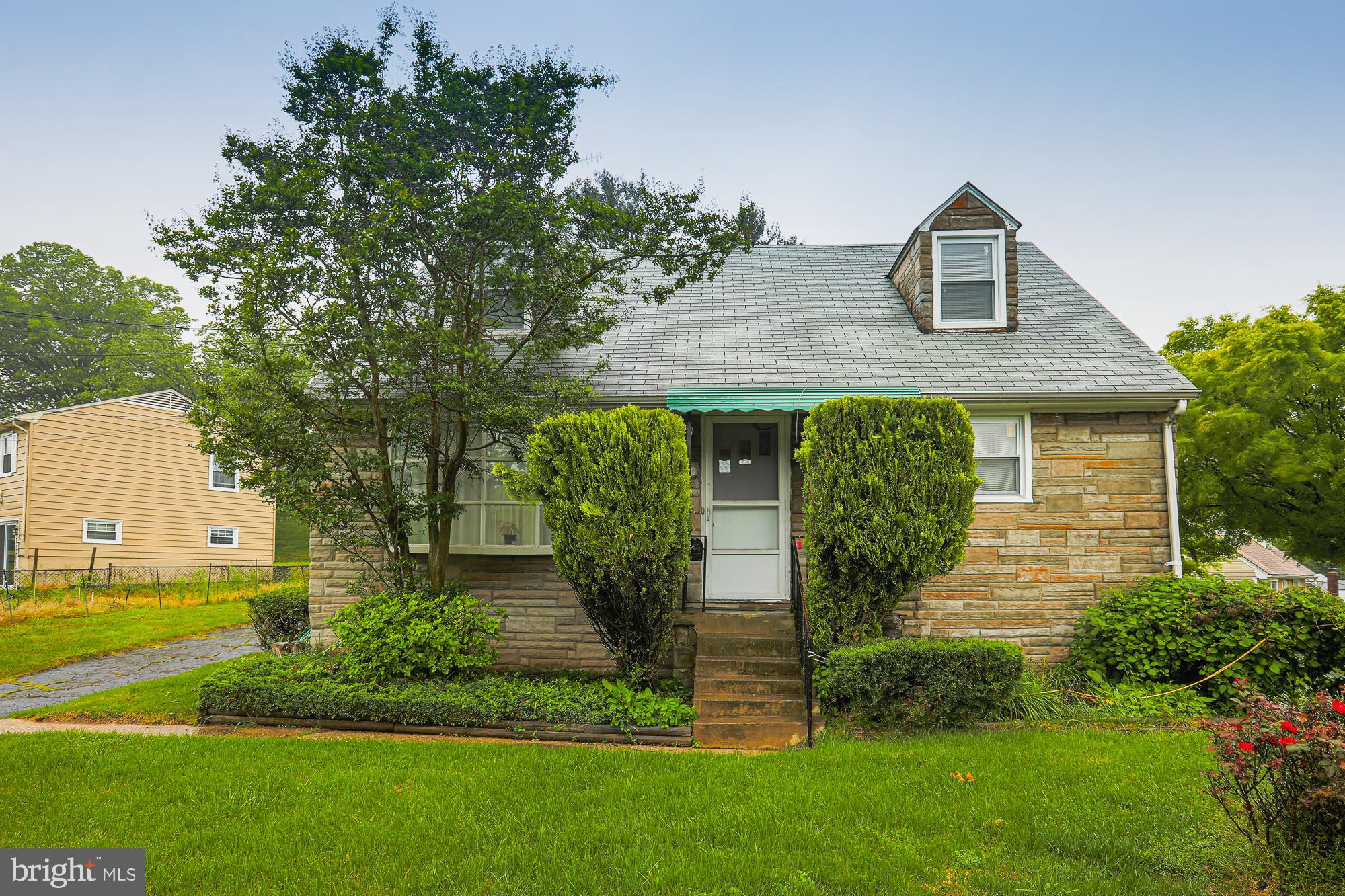 Photo for 32 Tollgate ROAD, Owings Mills, MD 21117 (MLS # MDBC495142)