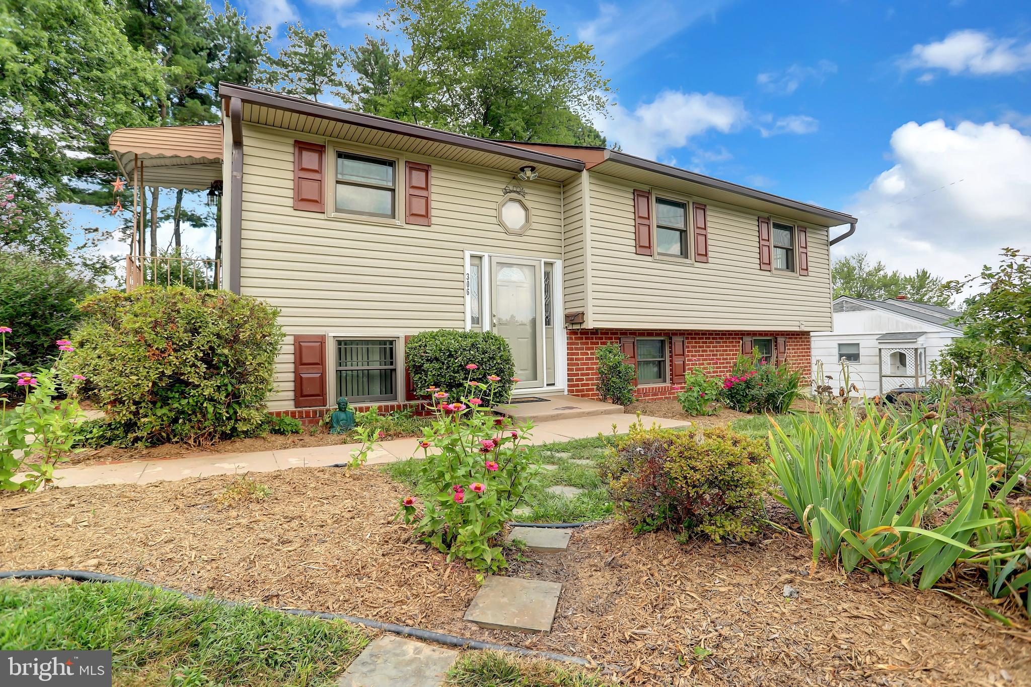 Photo for 306 Holly Hill ROAD, Reisterstown, MD 21136 (MLS # MDBC501476)