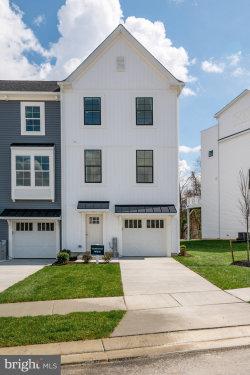 Photo of 10045 Whitaker WAY, Parkville, MD 21234 (MLS # MDBC502202)