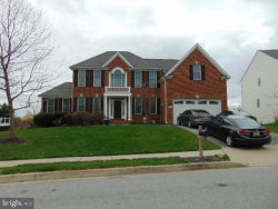Photo of 1902 Kings Forest TRAIL, Mount Airy, MD 21771 (MLS # MDCR195622)