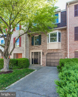 Photo of 8010 Hollow Reed COURT, Frederick, MD 21701 (MLS # MDFR246932)