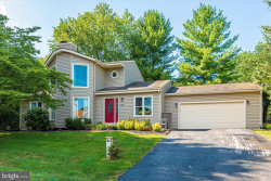 Photo of 10398 Fox Meadow CIRCLE, New Market, MD 21774 (MLS # MDFR268684)