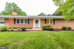 Photo of 3117 Evergreen WAY, Ellicott City, MD 21042 (MLS # MDHW264746)