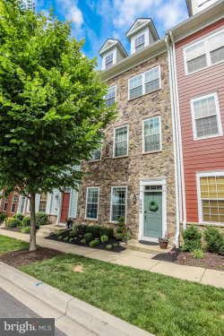 Photo of 5969 Charles CROSSING, Ellicott City, MD 21043 (MLS # MDHW265464)