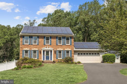 Photo of 9932 Whitworth WAY, Ellicott City, MD 21042 (MLS # MDHW276884)