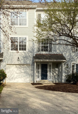 Photo of 5302 Chase Lions WAY, Columbia, MD 21044 (MLS # MDHW277524)