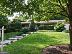 Photo of 5615 Bent Branch ROAD, Bethesda, MD 20816 (MLS # MDMC102876)