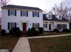 Photo of 11630 Piney Spring LANE, Potomac, MD 20854 (MLS # MDMC390006)