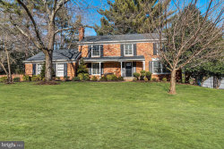 Photo of 8803 Fox Hills TRAIL, Potomac, MD 20854 (MLS # MDMC521310)