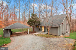 Photo of 9429 Garden COURT, Potomac, MD 20854 (MLS # MDMC619798)