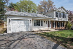 Photo of 5 Winesap COURT, Gaithersburg, MD 20878 (MLS # MDMC653262)