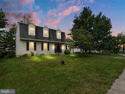 Photo of 9908 Durango DRIVE, Damascus, MD 20872 (MLS # MDMC654074)
