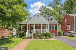 Photo of 314 Penwood ROAD, Silver Spring, MD 20901 (MLS # MDMC658562)