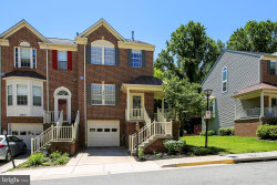 Photo of 18612 Clovercrest CIRCLE, Olney, MD 20832 (MLS # MDMC663036)