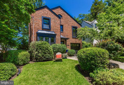 Photo of 2807 Washington AVENUE, Chevy Chase, MD 20815 (MLS # MDMC664084)