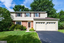 Photo of 19412 Poinsetta COURT, Gaithersburg, MD 20879 (MLS # MDMC665168)