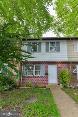 Photo of 17753 Larchmont TERRACE, Gaithersburg, MD 20877 (MLS # MDMC665216)