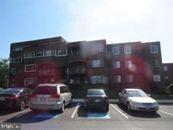 Photo of 454 Girard STREET, Unit 102, Gaithersburg, MD 20877 (MLS # MDMC684400)