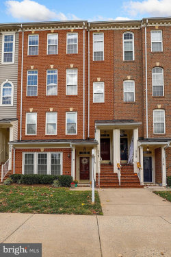 Photo of 33 Golden Ash WAY, Unit B, Gaithersburg, MD 20878 (MLS # MDMC684752)