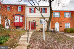 Photo of 27 Orchard DRIVE, Gaithersburg, MD 20878 (MLS # MDMC686828)