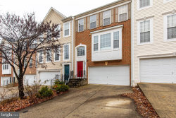 Photo of 17 Inkberry CIRCLE, Gaithersburg, MD 20877 (MLS # MDMC692982)