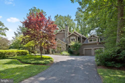 Photo of 6820 Hillmead ROAD, Bethesda, MD 20817 (MLS # MDMC718660)