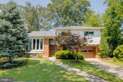Photo of 6205 Lone Oak DRIVE, Bethesda, MD 20817 (MLS # MDMC719368)