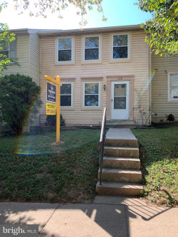 Photo of 12561 Coral Grove PLACE, Germantown, MD 20874 (MLS # MDMC721956)