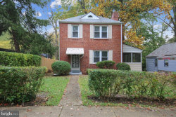 Photo of 147 Ritchie AVENUE, Silver Spring, MD 20910 (MLS # MDMC731740)