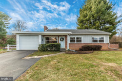 Photo of 11710 Robinwood DRIVE, Hagerstown, MD 21742 (MLS # MDWA127040)