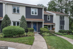 Photo of 8 W Close W, Moorestown, NJ 08057 (MLS # NJBL350928)