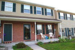 Photo of 86 Fiddler DRIVE, New Oxford, PA 17350 (MLS # PAAD100013)